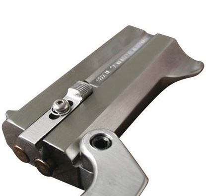Picture of Bond Arms 22 LR 3 In